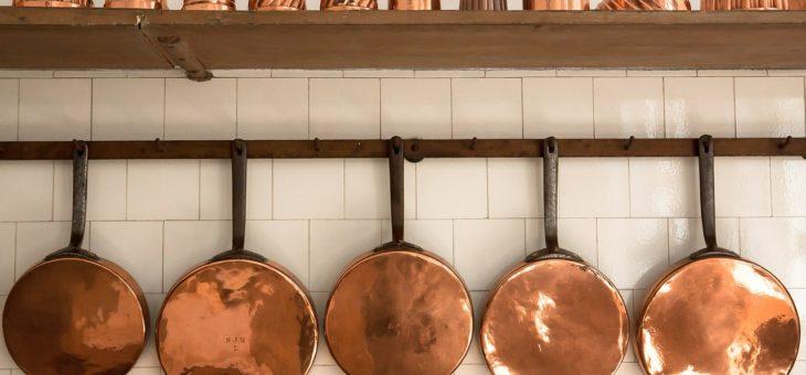 Jak wybrać porządny system relingów kuchennych?