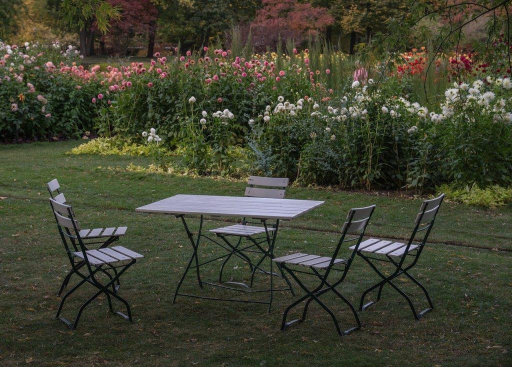 Krzesla ogrodowe