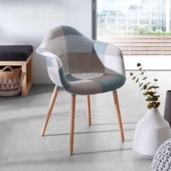Eleganckie krzesło z podłokietnikami do salonu
